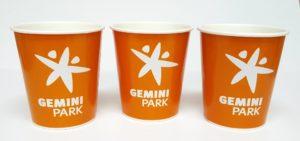 papierowe kubki do kawy z nadrukiem